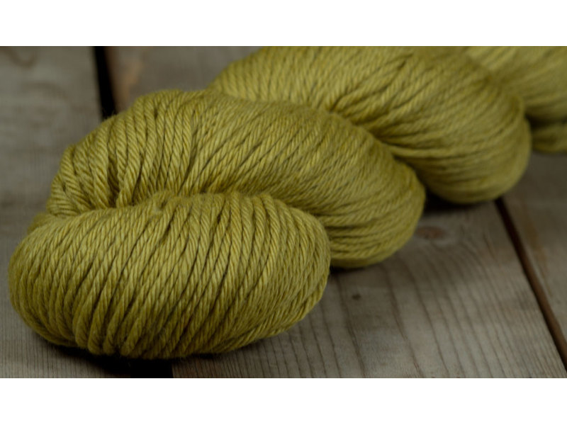 Rosy Green Wool Big Merino Hug 055